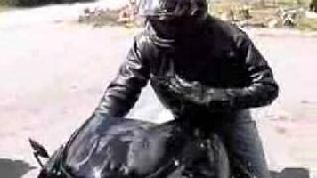 ヘリエンジン搭載バイク